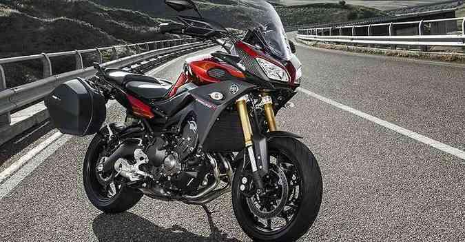 Com versatilidade para encarar estradas e cidades, além de dose de esportividade, o modelo tem motor de três cilindros em linha(foto: Yamaha/Divulgação)