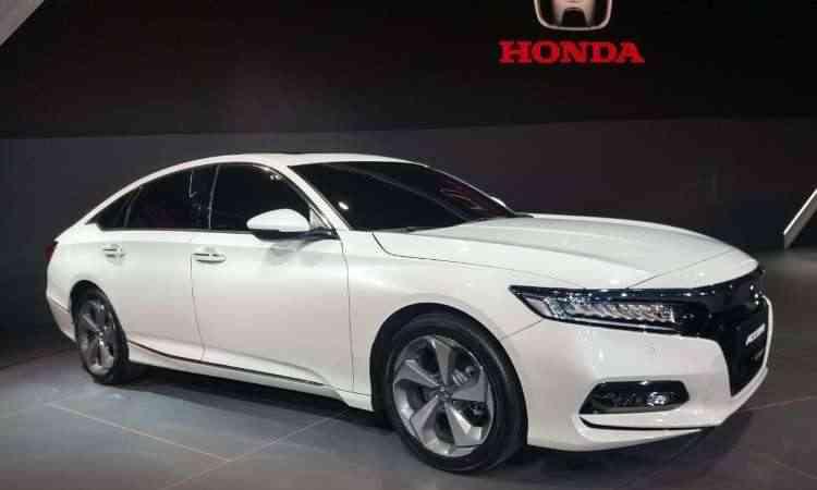 O sedã com linhas de cupê, Honda Accord, marca presença no Salão - Pedro Cerqueira/EM/D.A Press