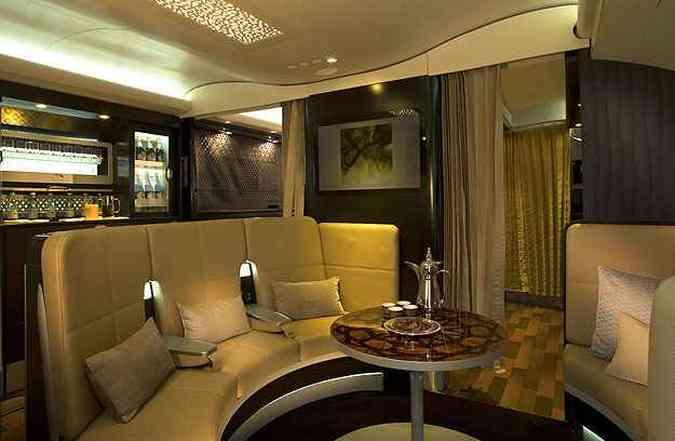 Passageiros da primeira classe têm acesso a um lobby exclusivo(foto: Etihad/Divulgação)