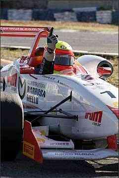 Com 56 pontos, Clemente Jr. ampliou a sua vantagem na liderança da Fórmula 3 Sul-Americana - Fábio Oliveira//Divulgação