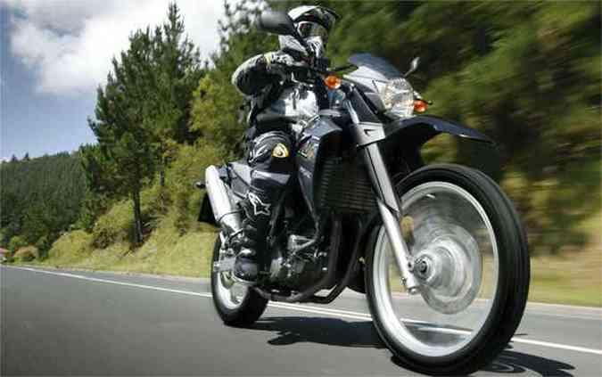 Yamaha XT660R é um dos modelos que passa por recall(foto: Yamaha / Divulgação)