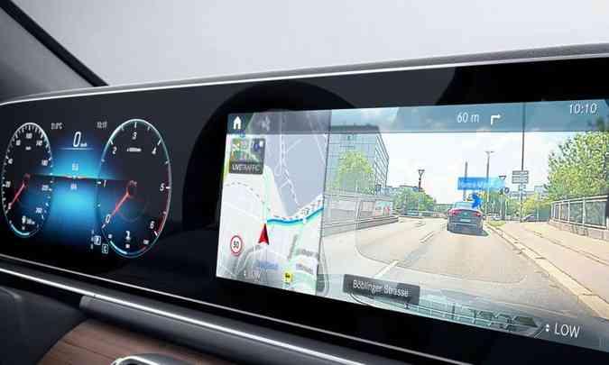 O sistema multimídia é o MBUX %u2013 Mercedes-Benz User Experience, com duas grandes telas de 12,3 polegadas, dispostas lado a lado(foto: Mercedes-Benz/Divulgação)
