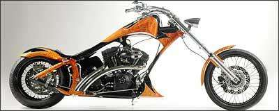 Armadillo tem quadro alongado e motor de 1.450 cm³ - Fotos: TMC/Divulgação