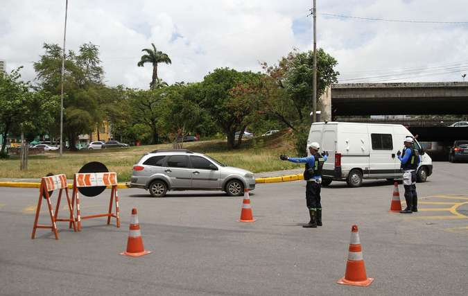 As duas infrações mais comprometidas em três anos estão relacionadas à velocidade (foto: Júlio Jacobina / DP)