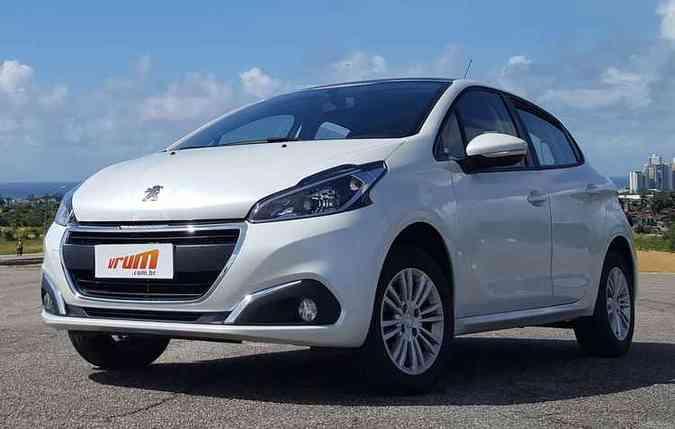 A Peugeot entrou na onda dos três cilindros coma a reestilização do 208(foto: Bruno Vasconcelos/DP)