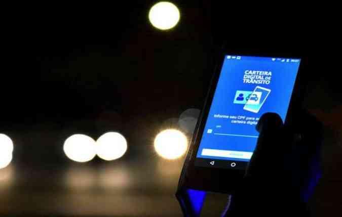 Para baixar o aplicativo é necessário se inscrever no site do Departamento Nacional de Trânsito (Denatran) (foto: foto: Andre Borges/Agência Brasília)