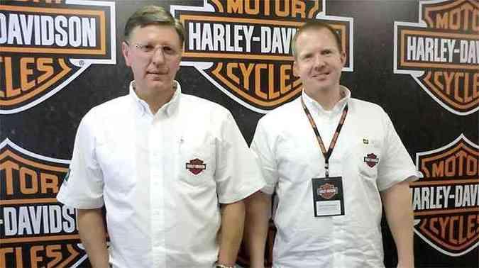 Longino Morawski, diretor-superintendente Comercial e Mark Van Genderen, vice-presidente da Harley-Davidson Motor Company America Latina.(foto: Téo Mascarenhas/EM/D.A PRESS)