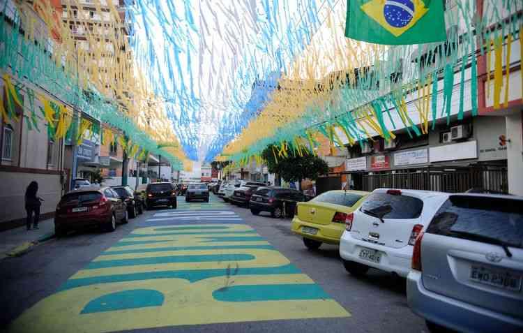 É preciso ter cuidado ao passar por ruas de piso pintado  - Tomaz Silva/Agência Brasil