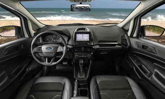 O interior não passou por grandes modificações e traz sistema multimídia Sync 2.5(foto: Ford/Divulgação)