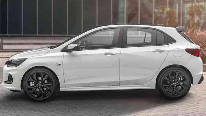 As rodas são de 16 polegadas com acabamento escurecido, além de desenho exclusivo(foto: Chevrolet/Divulgação)