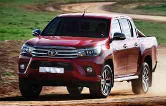 Problema atingiu 10.215 unidades dos 4 modelos. Foto: Toyota / Divulgação