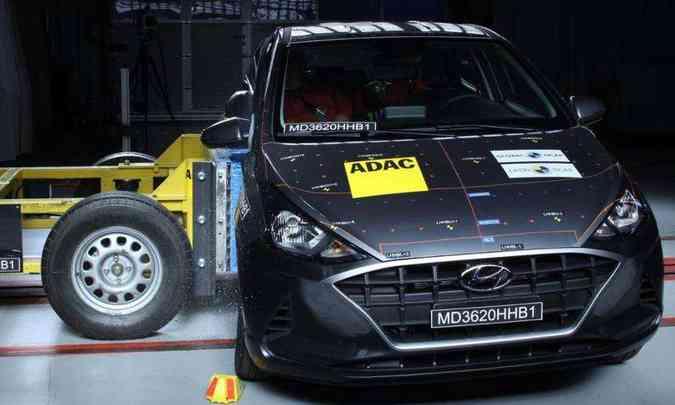 Nova geração do Hyundai HB20 foi reprovada no teste de impacto lateral do Latin NCAP(foto: Latin NCAP/Divulgação)