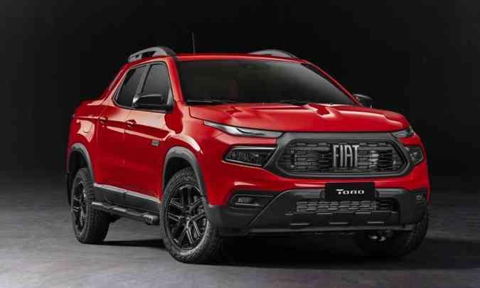 A versão Ultra, uma das topo de linha, tem a grade dianteira diferenciada, com o fundo totalmente escuro(foto: Fiat/Divulgação)