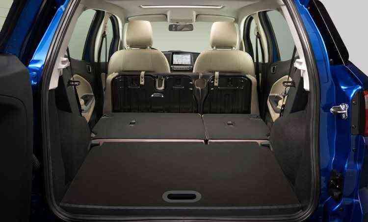 Com banco traseiro rebatido é possível levar mais bagagem - Ford/Divulgação