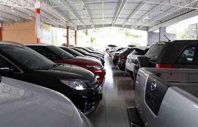 Medida afeta, sobretudo, lojas que trabalham com vendas de usados (foto: Rodrigo Silva/Esp.DP/D.A Press)