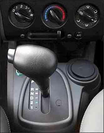 EcoSport tem câmbio automático tem quatro marchas e tração dianteira