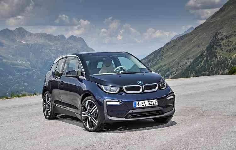 Modelos elétricos terão mais opções de locais de recarga. Foto: BMW / Divulgação -