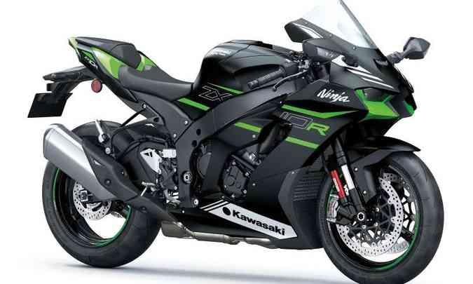 A versão com pintura em preto e detalhes em verde e branco tem preço sugerido de R$ 97.990(foto: Kawasaki/Divulgação)