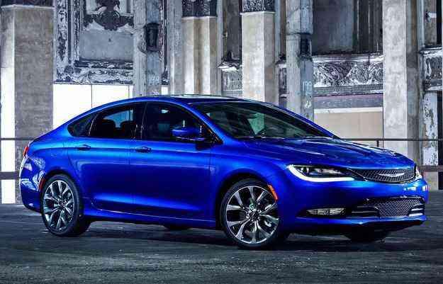Modelo pode ser equipado com motor 2.4, de quatro cilindros, de 184 cv  - Chrysler/divulgação