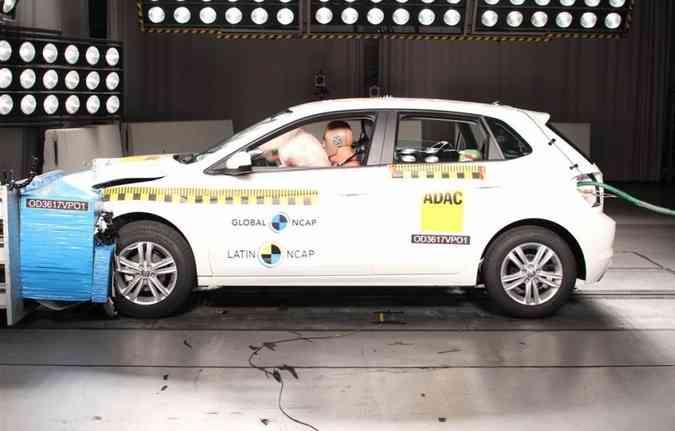 O Polo alcançou 5 estrelas para adultos e para crianças, além de receber o Advanced Award(foto: Latin NCAP/Divulgação)