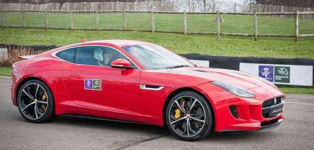 Superesportivo é capaz de fazer 0-100 km/h em 4 segundos - Jaguar/divulgação