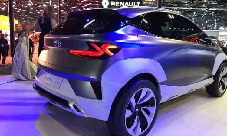 O Hyundai Saga EV tem formas volumosas, com muitos vincos e conjunto óptico ousado  - Pedro Cerqueira/EM/D.A Press