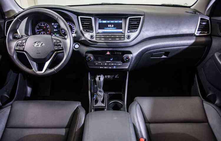 Central multimídia é de série em todas as versões - Hyundai / Divulgação