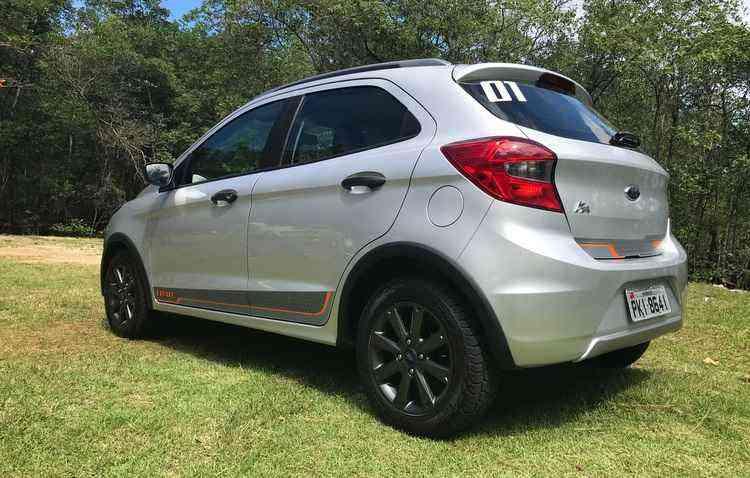 Proposta foi entregar um automóvel que fosse mais alto, com molas e curso de suspensão alterados - Jorge Moraes / DP