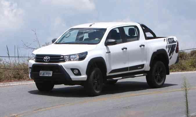 Entre as picapes médias, a Toyota Hilux lidera no acumulado do ano com 13.092 unidades emplacadas(foto: Edésio Ferreira/EM/D.A Press)