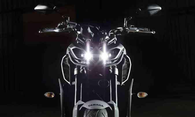 Os novos faróis são olhos com 4 LEDs(foto: Yamaha/Divulgação)