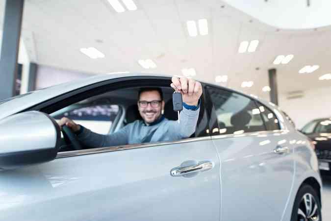 5 dicas para seguir antes de comprar seu carro(foto: Freepik)