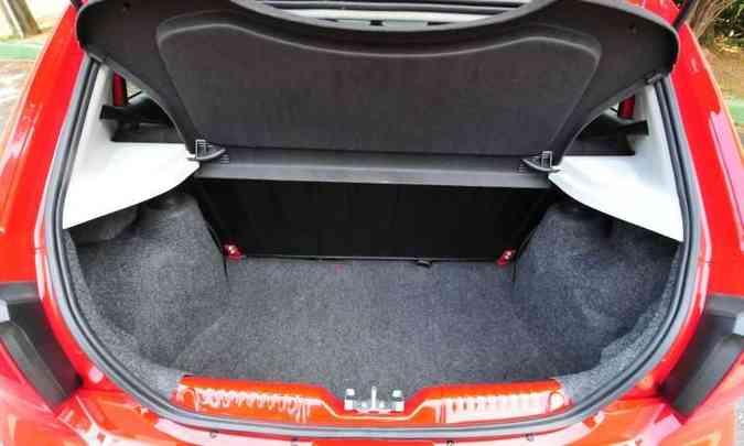 VW Gol tem porta-malas de 285 litros...(foto: Gladyston Rodrigues/EM/D.A Press)