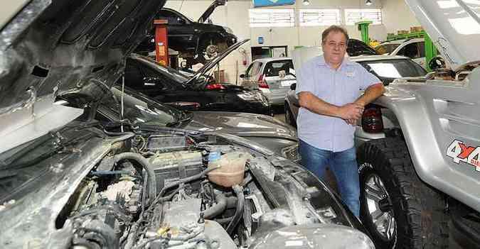 Willy Otto Keppel, da Checkauto, que completa 15 anos em 2015, não reclama da crise: