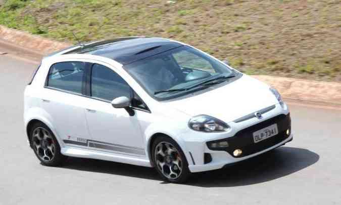 Fiat Punto T-Jet(foto: Marlos Ney Vidal/EM/D.A Press - 2/10/12)