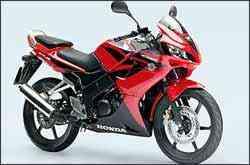 Honda CBR 125R vem com injeção eletrônicas e motor de 13,6 cv de potência - Honda/Divulgação