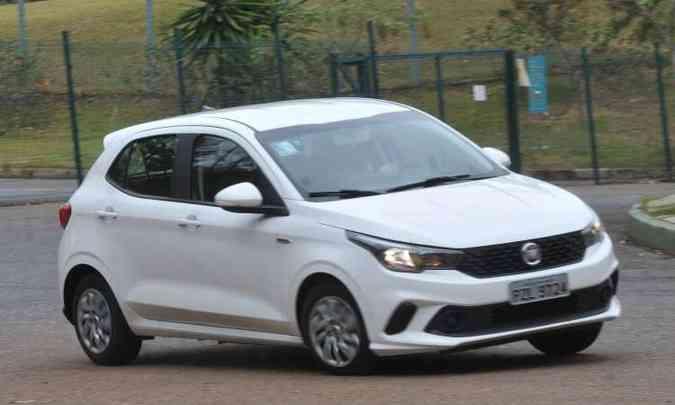 Fiat Argo foi lançado com a difícil missão de substituir algumas versões do Palio, o Punto e até o Bravo(foto: Jair Amaral/EM/D.A Press)