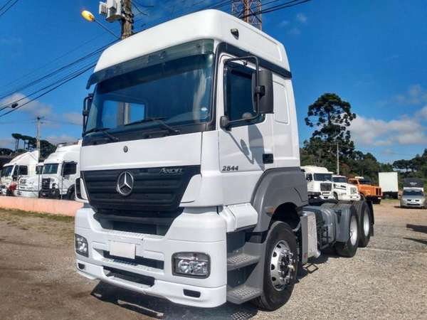 Mercedes-benz Axor 2544 S/Ls 6x2 2p (diesel) (e5) 2014 R$ 250,00 MG VRUM