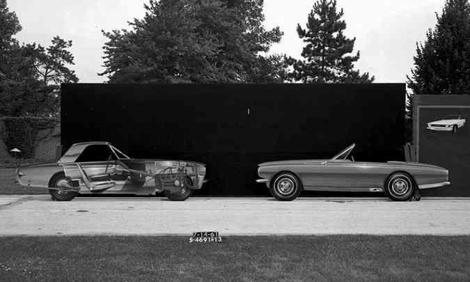 Mustang conversível de dois lugares(foto: Ford/Divulgação)