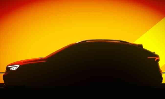As linhas laterais do modelo revelam a traseira no estilo cupê, com teto descaído na traseira(foto: Volkswagen/Divulgação)