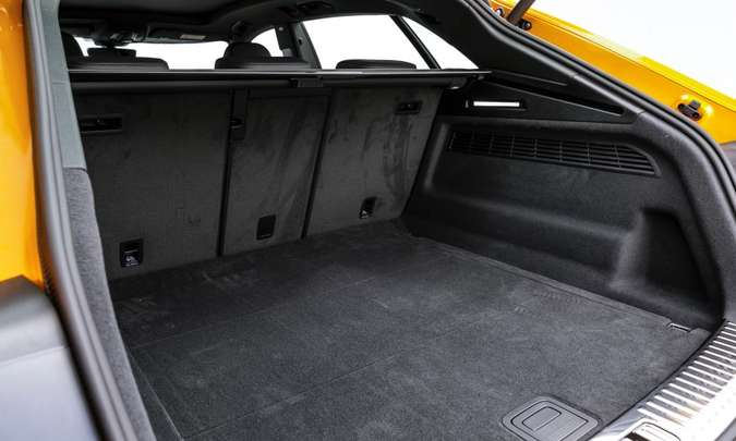 O porta-malas tem 605 litros de capacidade com o banco traseiro na posição normal(foto: Chris Castanho/Audi/Divulgação)