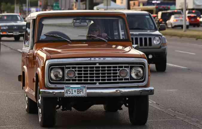 Apesar de antigos, os modelos possuem motores de tirar o fôlego. Foto: Jeep/ Divulgação
