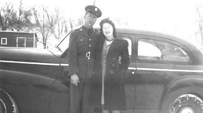 Ray e Mildred Lambrecht abriram concessionária da GM em 1946(foto: VanDerBrink Auctions/Divulgação)