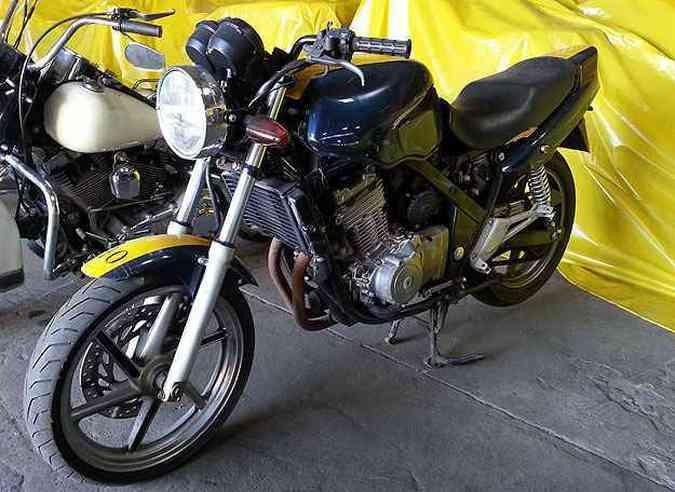 Honda CB 500 tem lance mínimo de R$1.400(foto: Thiago Ventura/EM/D.A Press)