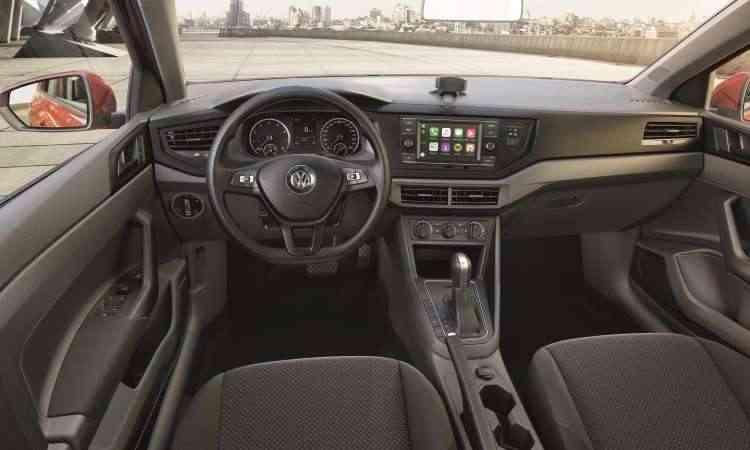 Os modelos saem de fábrica equipados com direção com assistência elétrica, ar-condicionado e vidros elétricos  - Volkswagen/Divulgação