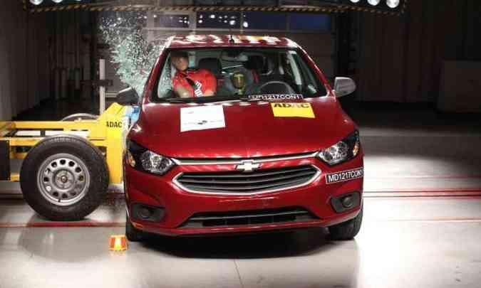 Chevrolet Onix, o mais vendido, tomou bomba no crash-test(foto: Latin NCAP/Divulgação)