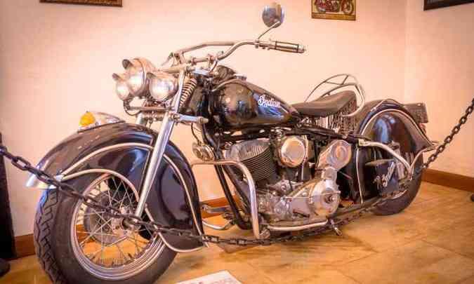 O estilo custom da Indian Chief 1200, de 1947(foto: Rômulo Provetti/Divulgação)