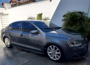 Volkswagen Jetta Comfortline 2.0 T.flex 8v 4p Tipt. em Betim, MG valor de R$ 49.000,00 no Vrum