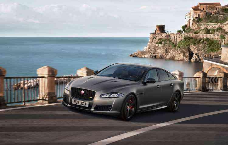 Modelo conta com um motor V8 supercharged - Jaguar / Divulgação