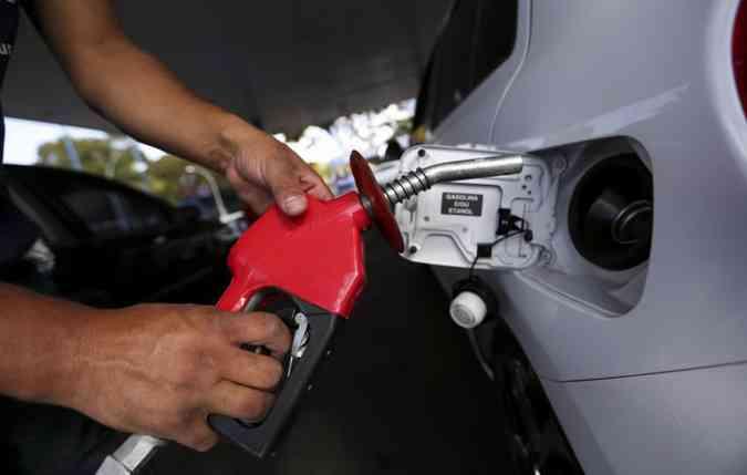Preço da gasolina de Pernambuco é o quinto maior do nordeste (foto: Marcelo Camargo/Agencia Brasil)