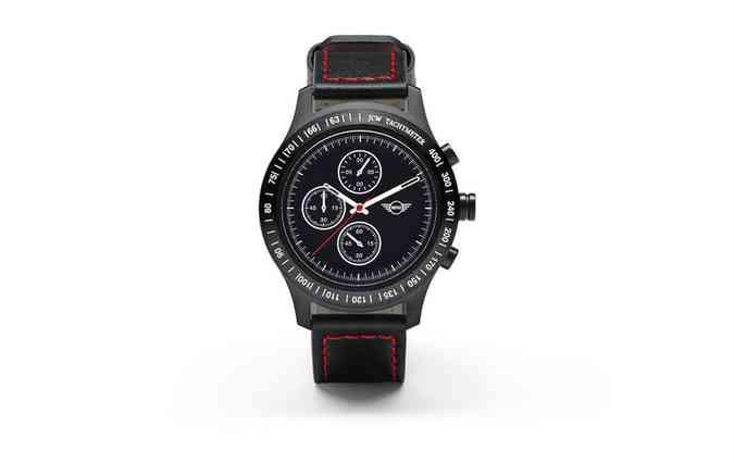 Relógio John Cooper Works Tachymeter custa R$ 1.598 a unidade. FOTO: BMW/Divulgação (foto: Relógio John Cooper Works Tachymeter custa R$ 1.598 a unidade. FOTO: BMW/Divulgação )